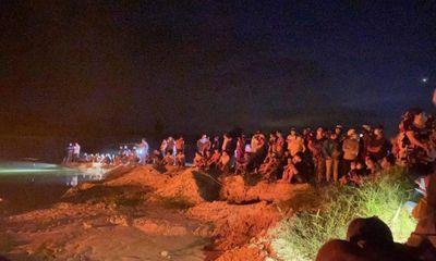 Tìm thấy thi thể 2 nữ sinh mất tích dưới hồ nước sâu