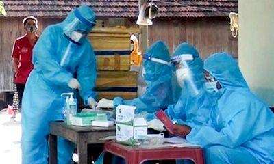 Tự mua dụng cụ test nhanh COVID-19, nữ tiểu thương bán thịt phát hiện dương tính SARS-CoV-2