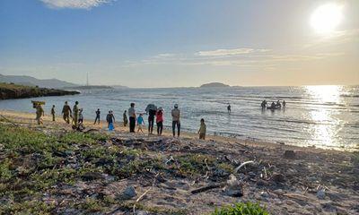 Vụ 2 thanh niên đi câu cá ở Binh Thuận bị rơi xuống biển: Tìm thấy thi thể