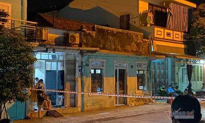 Vụ 2 vợ chồng chết cháy trong căn phòng khóa trái: Chồng ôm vợ, tưới xăng tự thiêu
