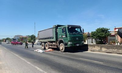 Tai nạn giao thông, người phụ nữ tử vong dưới gầm xe tải