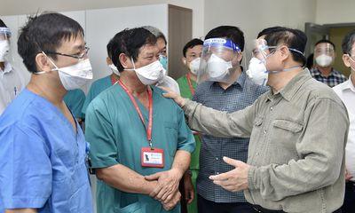 Thủ tướng Chính phủ Phạm Minh Chính kiểm tra công tác chống dịch COVID-19 ở Bình Dương