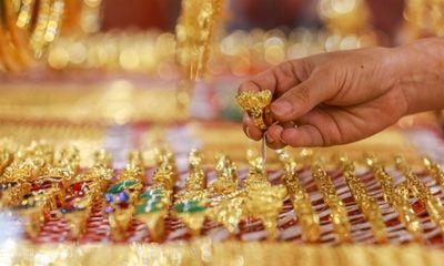 Thị trường - Giá vàng hôm nay ngày 2/9: Giá vàng SJC đang ở ngưỡng cao