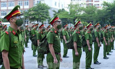 650 học viên cảnh sát chi viện cho miền Nam chống dịch COVID-19