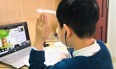1,5 triệu học sinh đang học trực tuyến thiếu máy tính