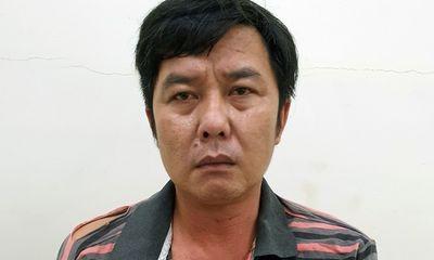 Tạm giữ gã đàn ông 42 tuổi say rượu, cầm dao đâm một đại úy công an ở Cần Thơ
