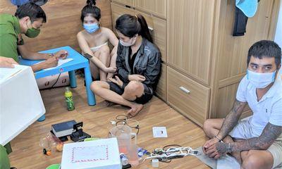 Chiều bạn gái, 2 thanh niên thuê phòng trọ để mở tiệc ma túy
