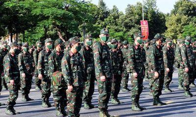 Quân khu 9 điều 1.000 cán bộ hỗ trợ TP.HCM