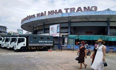 Đồng ý cho Trưởng phòng kinh tế Nha Trang thôi việc sau khi bị kỷ luật khiển trách