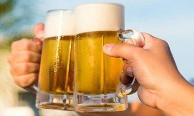 Hà Nội tạm dừng hoạt động quán bia, giải tỏa chợ cóc ngăn dịch COVID-19