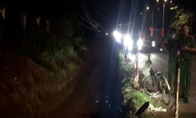 Kinh hãi phát hiện thi thể người phụ nữ dưới mương nước: Công an khám nghiệm tử thi