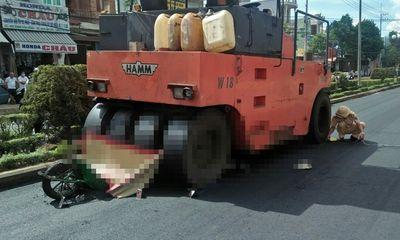 Tin tức tai nạn giao thông ngày 19/5/2021: Nữ công nhân bị xe lu tông tử vong