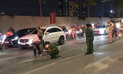 Tài xế xe máy bị cuốn vào gầm xe bồn sau va chạm, tử vong tại chỗ