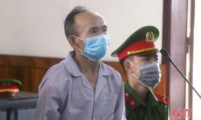 Vụ bố chồng dùng búa đinh đánh con dâu và 2 cháu nội: Bị cáo Hoàng Trần Cổn lĩnh 16 năm tù
