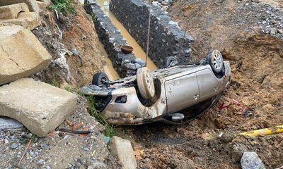 Tin tức tai nạn giao thông ngày 26/6: Ô tô bay thẳng xuống cống ở Quảng Ninh