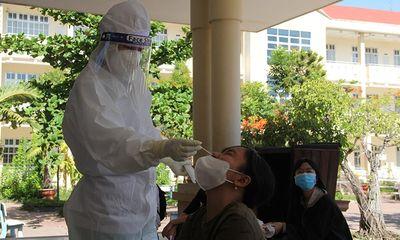 Vì sao 2 điểm thi THPT ở Phú Yên phải dừng khẩn cấp, hơn 700 sĩ tử quay về nhà?