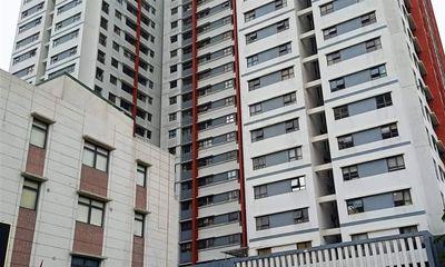 Bé trai 3 tuổi rơi từ tầng 6 chung cư ở Hoàng Mai tử vong thương tâm