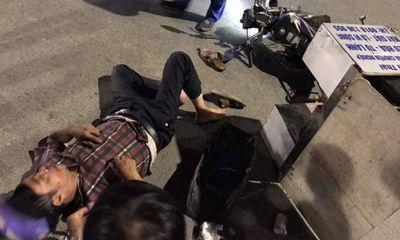 Tin tức tai nạn giao thông ngày 28/7: Ôtô con đâm liên tiếp 2 xe máy rồi bỏ chạy ở Quảng Ninh