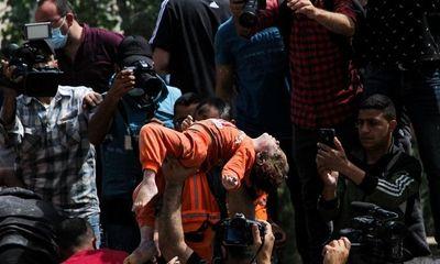 Chùm ảnh Israel lại dội mưa bom vào Gaza, 33 người Palestine thiệt mạng