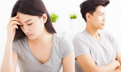 Chưa động phòng vợ đã đòi ra tòa hủy hôn vì thấy chồng lén lút uống thuốc trong tiệc cưới