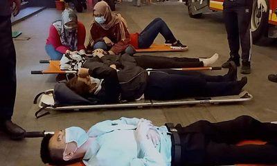 Hai tàu điện đâm nhau trực diện khiến hơn 200 người bị thương