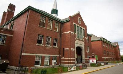Thủ tướng Canada: Vụ phát hiện 215 hài cốt trẻ em trong trường nội trú không phải cá biệt