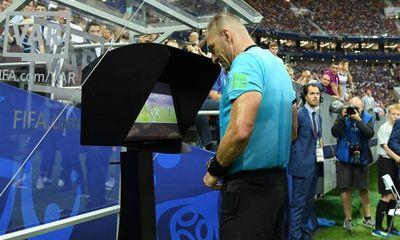 EURO 2020 áp dụng luật mới nhằm hạn chế việc lạm dụng công nghệ VAR