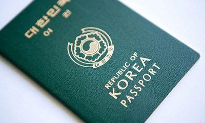 Trung Quốc: Nhân viên khách sạn đốt nhầm hộ chiếu của 31 công dân Hàn Quốc
