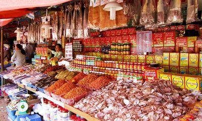 Nha Trang tạm đóng chợ truyền thống, siêu thị chỉ được bán online