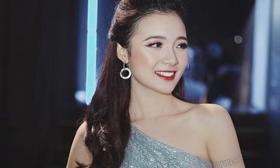 Nữ MC trẻ nhất VTV xinh đẹp, tự tin lôi cuốn bỗng dưng bị lan truyền phương châm nhạy cảm