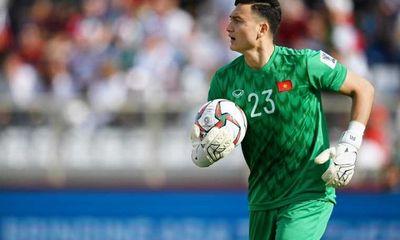 Vòng loại World Cup 2022: Đặng Văn Lâm bất ngờ chấn thương, lỡ trận gặp Trung Quốc và Oman