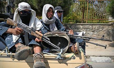 Taliban hứng chịu vụ tấn công chết người đầu tiên