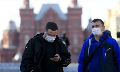 Nga tăng kỷ lục số ca nhiễm và tử vong do COVID-19, ông Putin cho người lao động nghỉ 1 tuần nhận lương