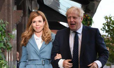 Rộ tin thủ tướng Anh gửi giấy mời, rục rịch chuẩn bị đám cưới với người vợ thứ 3