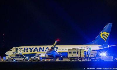 Thêm máy bay Ryanair thay đổi lộ trình, hạ cánh khẩn cấp vì đe doạ đánh bom