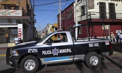 Đáp trả chính phủ, băng đảng Mexico liều lĩnh truy sát tận nhà các sỹ quan cảnh sát