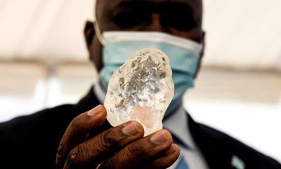 Viên kim cương lớn thứ 3 thế giới được phát hiện ở Botswana