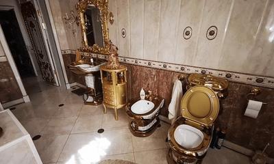 Bên trong biệt thự của sỹ quan Nga mới bị bắt giữ: Bồn cầu bằng vàng nguyên khối, phòng nào cũng toát lên vẻ xa xỉ