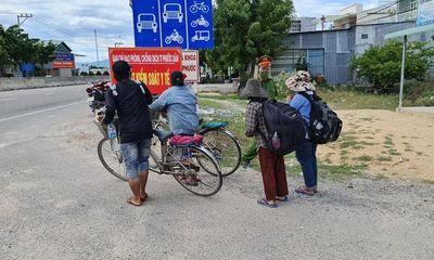 Xúc động sau câu chuyện thất nghiệp mùa dịch, 4 mẹ con đạp xe từ Đồng Nai về quê Nghệ An