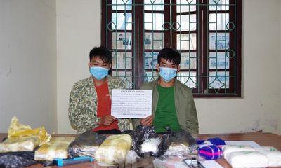 Điện Biên: Bắt quả tang 2 anh em vận chuyển 30.000 viên ma tuý tổng hợp