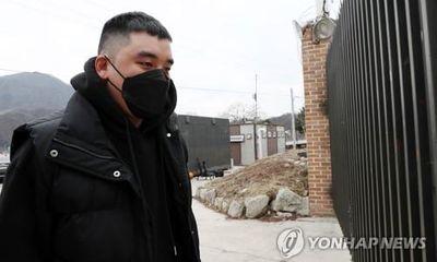 Seungri chính thức bị kết án 3 năm tù giam với nhiều tội danh