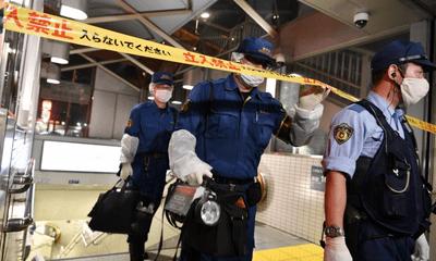 Tấn công bằng axit ở ga tàu điện ngầm Tokyo, 2 người bị bỏng