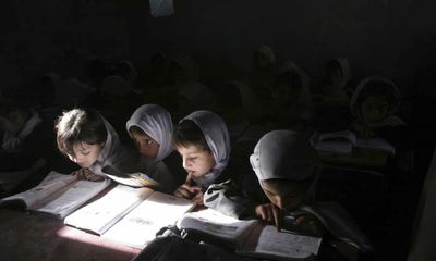 Tương lai mịt mờ cho nền giáo dục của trẻ em gái và phụ nữ ở Afghanistan