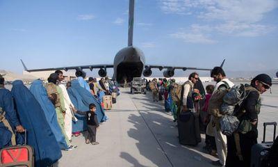Rò rỉ báo cáo về việc Mỹ để cổng sân bay Kabul mở trước vụ tấn công đẫm máu ngày 26/8