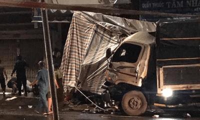 Tin tức tai nạn giao thông ngày 6/9: Tài xế xe tải buồn ngủ, đâm sập chốt kiểm soát dịch