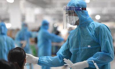 Hà Nội ghi nhận 3 nhân viên y tế dương tính với SARS-CoV-2, số ca mắc COVID-19 là 19 người