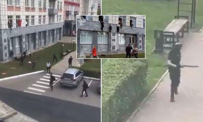 Video: Xả súng ở trường đại học, sinh viên náo loạn trèo qua cửa sổ tìm đường chạy