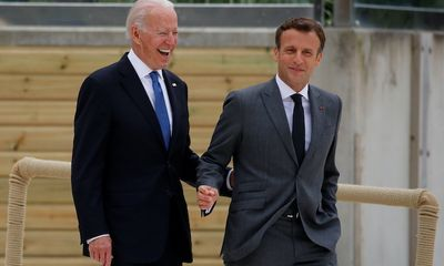 Tổng thống Biden hạ nhiệt căng thẳng với Tổng thống Macron, đại sứ Pháp sẽ sớm trở lại Mỹ