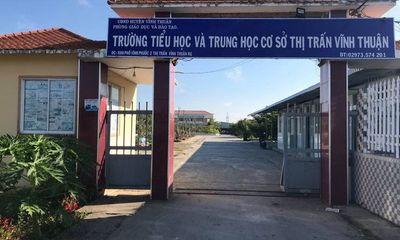 Tạm đình chỉ công tác một hiệu trưởng ở Kiên Giang