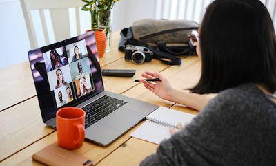 Giáo viên châu Á nói về việc dạy học online: Đôi khi tôi sợ đến mức không muốn quay lại trường